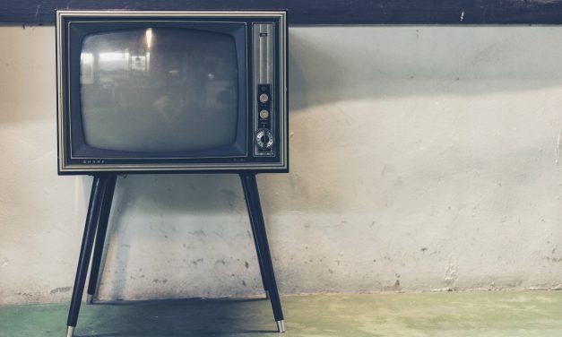 Ricicla la tua vecchia TV e trasformala in una Smart TV