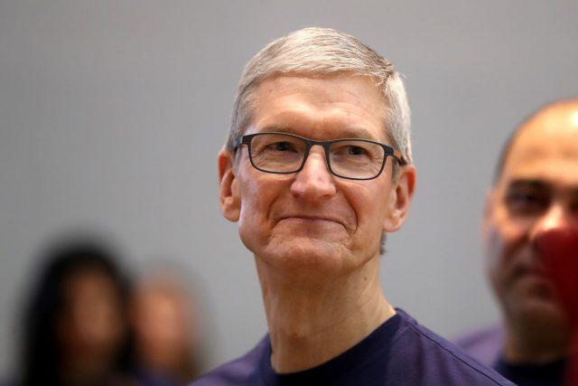 tim cook pericolo tecnologia apple